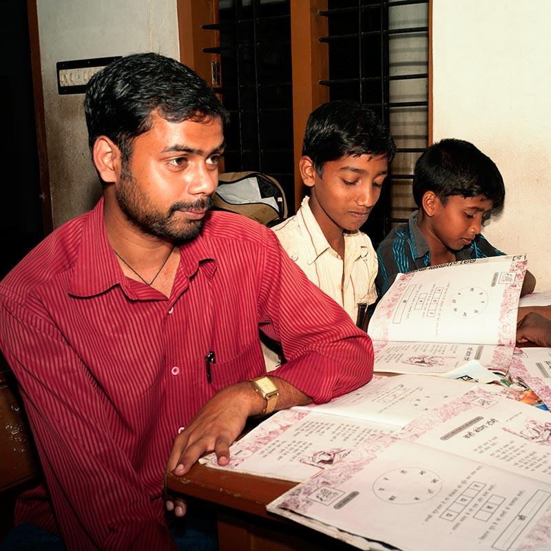 Schüler ohne Computer in Indien