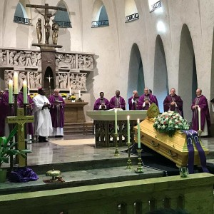 Requiem für Bischof Lenhof SAC