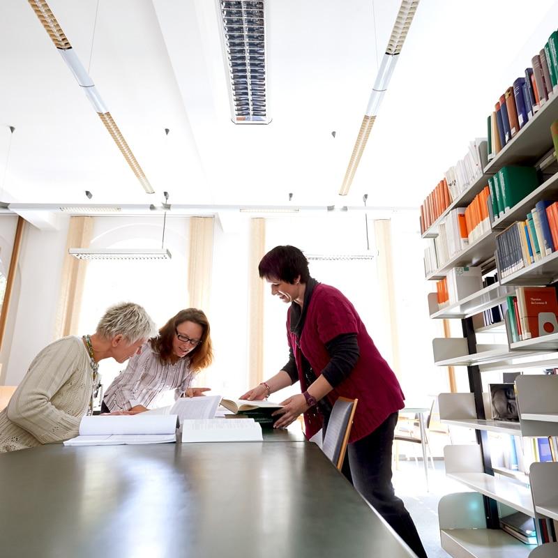 PTHV-Bibliothek