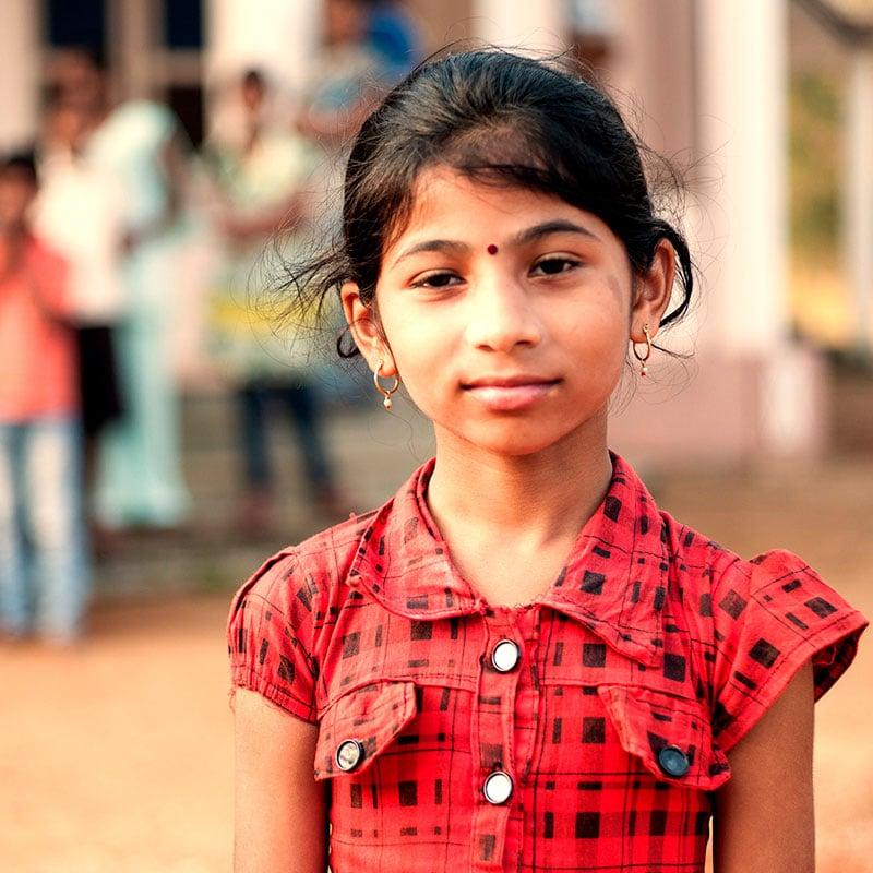 Schülerin in Indien