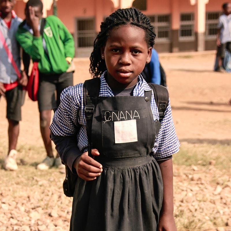 Missionsbericht der Pallottiner 2015 - Schülerin in Afrika
