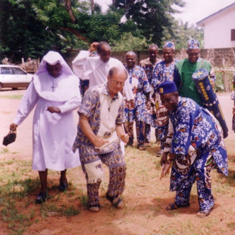 Pater Peter Hillern in Nigeria