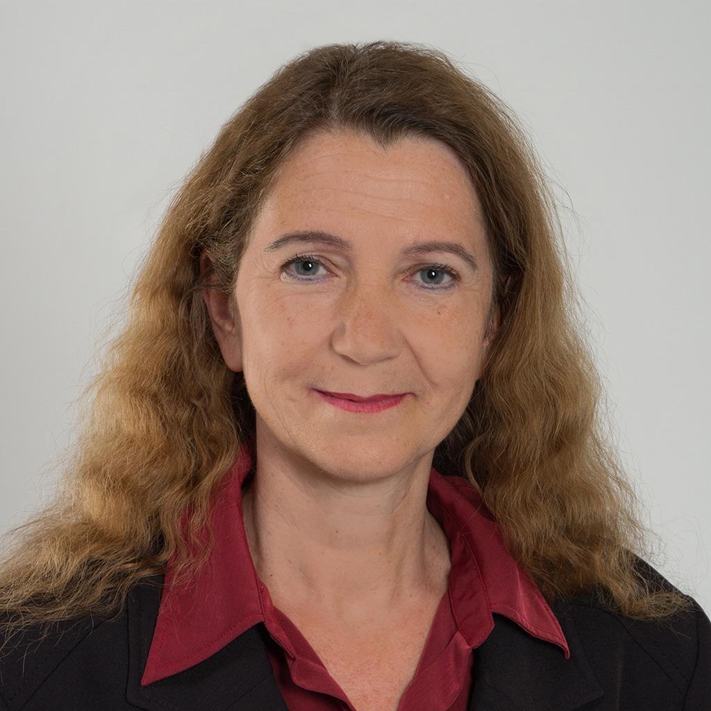 Frau Dr. Brigitte Proksch