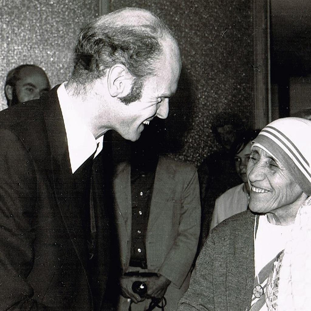 Pater Stuer und Mutter Teresa