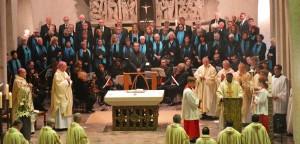 Der Festgottesdienst wurde vom katholischen Kirchenchor und dem Kammerorchester St. Marien festlich gestaltet