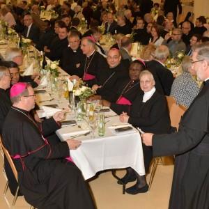 Rektor Pater Leo mit Gästen in Limburg