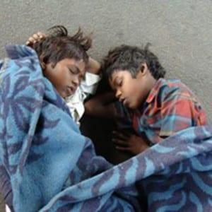 Kinder leben auf der Straße