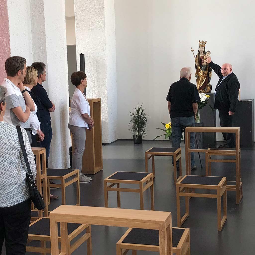 Führung durch die Pallotti-Kirche von Pater Mäntele