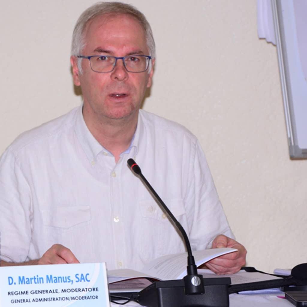 Pater Martin Manus SAC, Generalrat, Rom