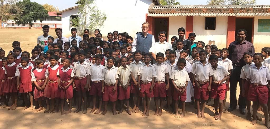 Kinder in Madanpur Chhattisgarh Indien