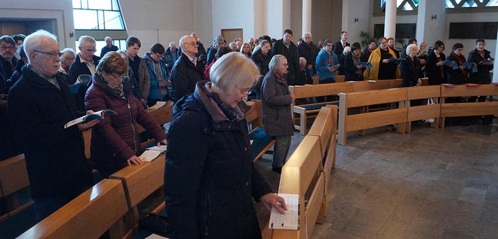 Heilige Messe beim Pallottifest in der Klosterkirche beim Jugendhof Pallotti Lennestadt