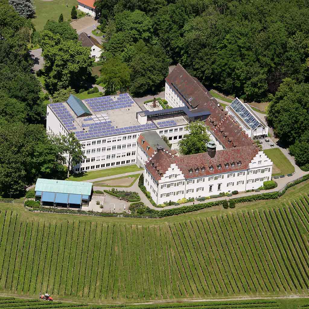 Luftbild von Schloss Hersberg der Pallottiner am Bodensee
