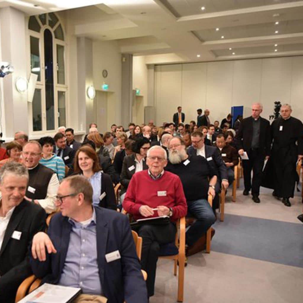 180 TeilnehmerInnen beim Symposion 2019