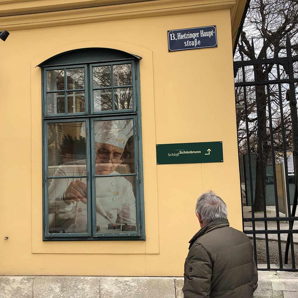 Schloss Schönbrunn wenige Gehminuten bis zum Pallotti Haus in Wien
