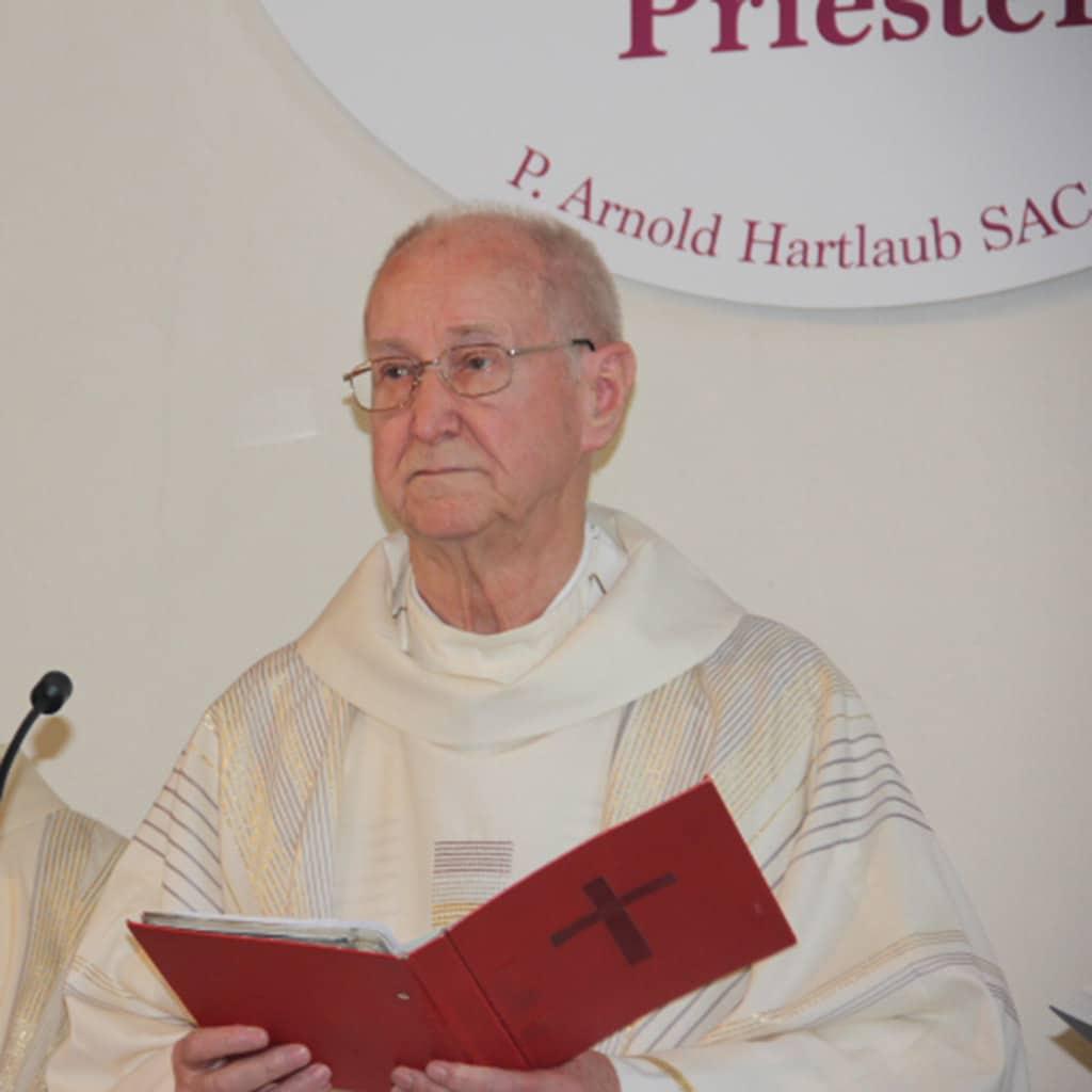 Verabschiedung von Pater Arnold Hartlaub SAC