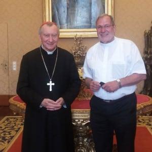 Kardinalstaatssekretär Pietro Parolin und Pater Heinz Goldkuhle SAC