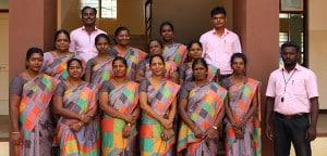 Lehrerinnen und Lehrer des Gymnasiums in Madurai