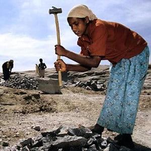 Projekt der Pallottiner in Indien (Steinbruch Kinder)