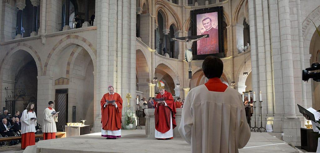 Seligsprechung von Pater Richard Henkes im Limburger Dom