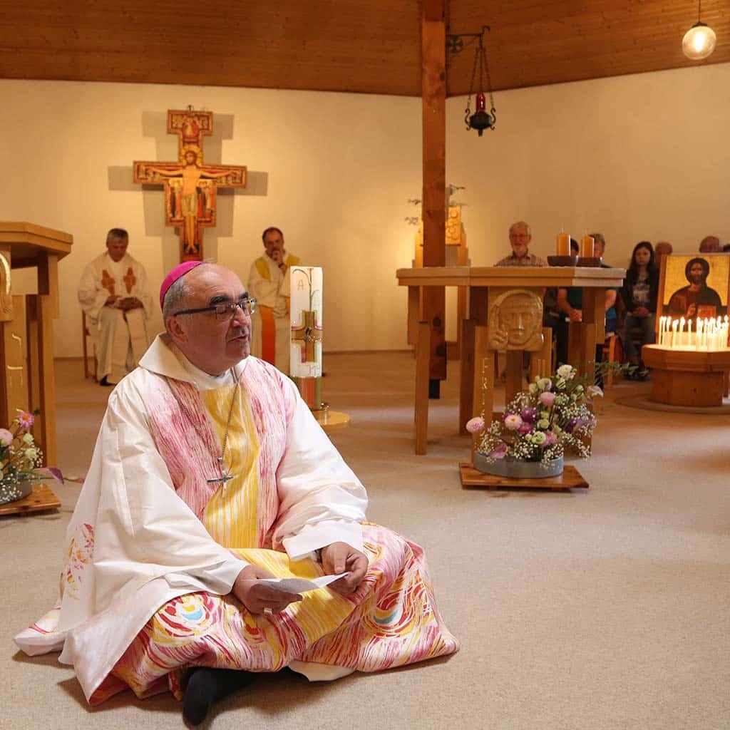 Auf Augenhöhe: Bischof Wilhelm Krautwaschl