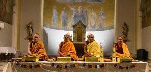 Vier tibetische Mönche in Friedberg