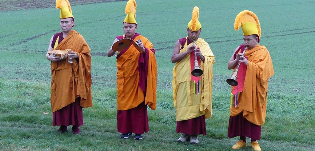 Tibetisch-buddhistische Mönche im bayerischen Friedberg