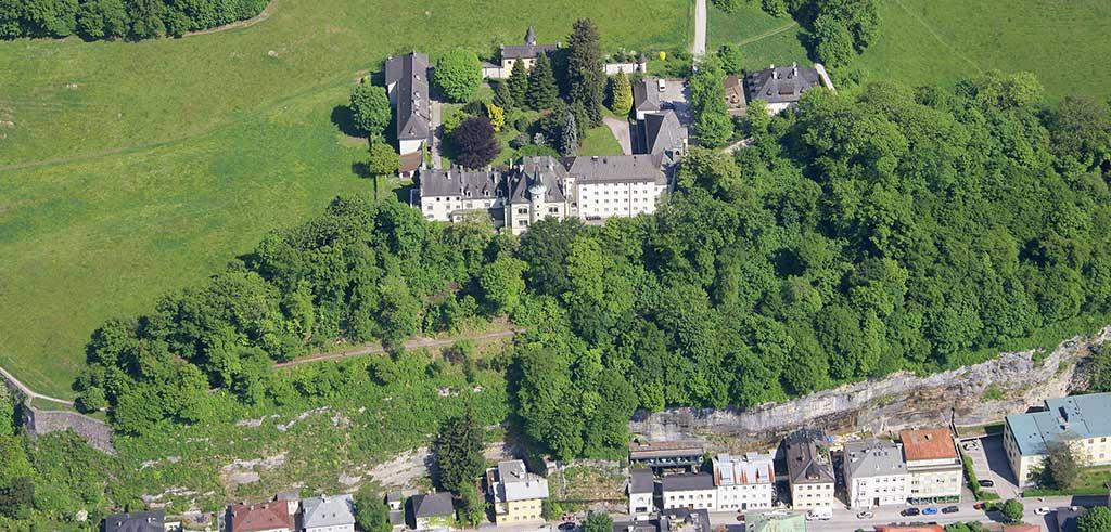 Taumhaft ruhig, mitten im Grünen, mitten in Salzburg - das Gästehaus der Pallottiner