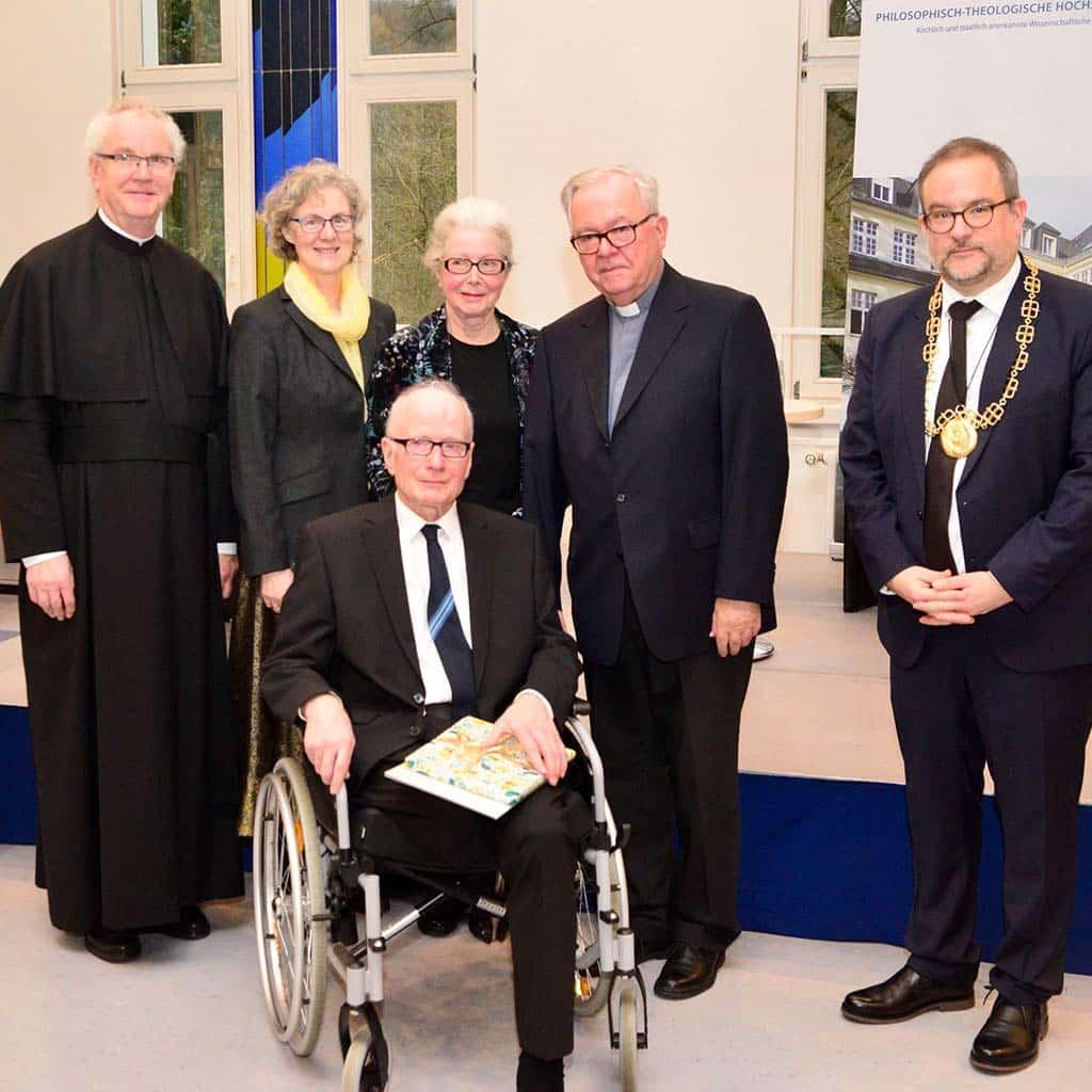 Ehrendoktorwürde für Herrn Heinrich van de Sandt