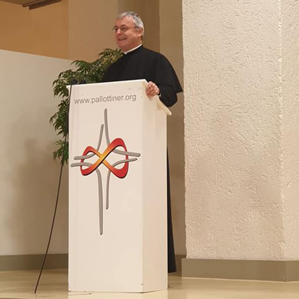 Provinzial Pater Helmut Scharler im Missionshaus in Limburg