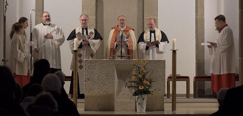 Festliche Vesper mit Weihbischof Haßlberger und Vizeprovinzial Pfenning beim Pallottitag in Freising