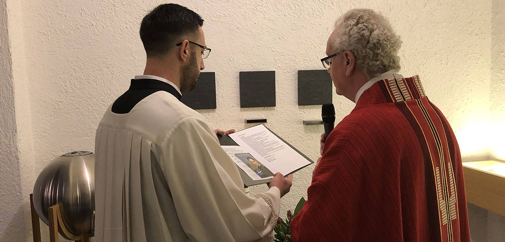 Neues Wandreliquiar des Seligen Pater Richard Henkes in der Pallotti-Kirche Friedberg