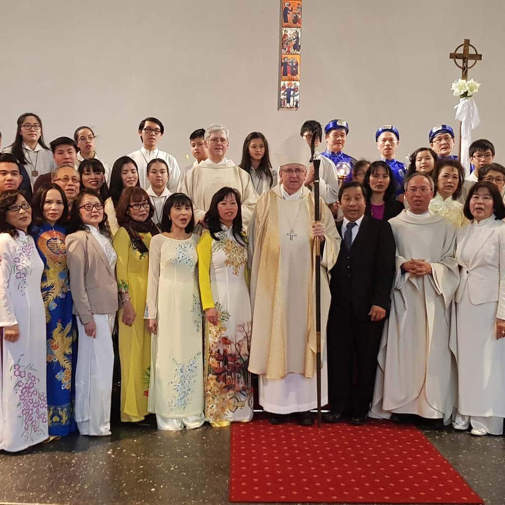 Neujahrsfest der Vietnamesischen Gemeinde in Maria Himmelfahrt Rahlstedt Hamburg