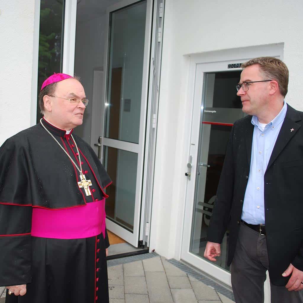 Besuch des Bischofs in Friedberg