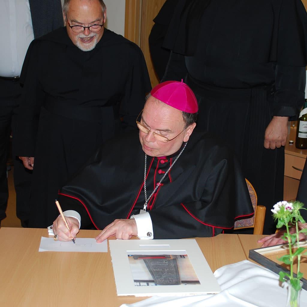 Augsburger Bischof Bertram besucht Friedberg