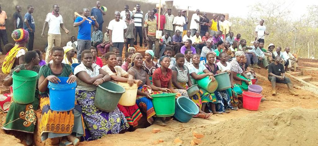 Unsere Pfarrgemeinde in Kaphatika (Malawi)