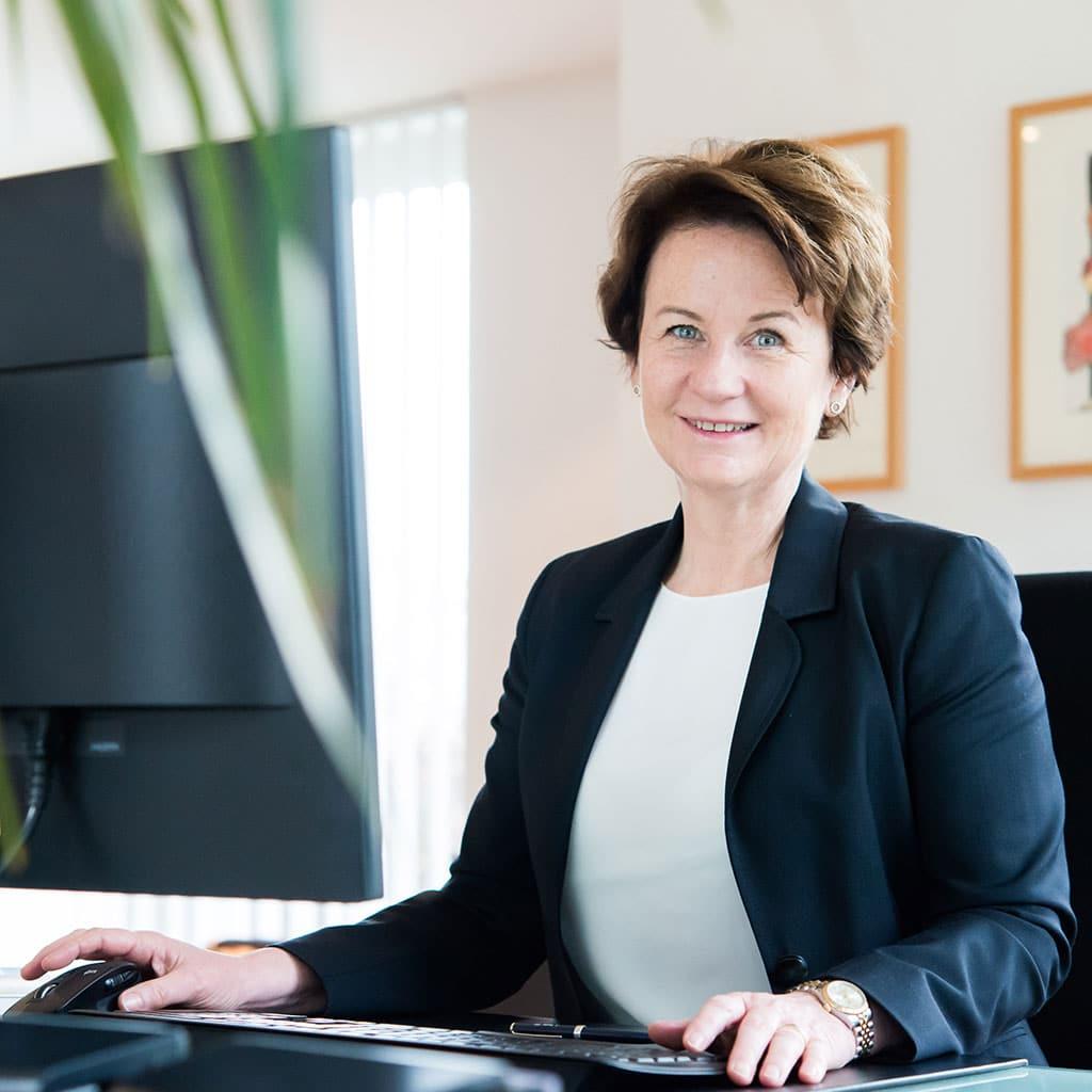 Dr. Julia Sander PTHV
