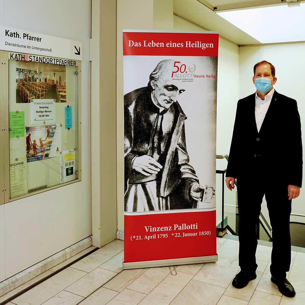 Eingang zur Ausstellung über Vinzenz Pallotti in Koblenz