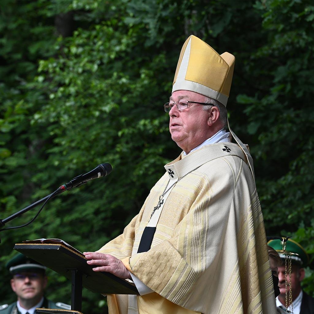 Erzbischof Hans-Josef Becker